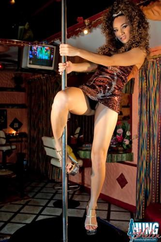 shemale hung helen dancing